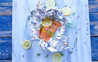 no fuss baked salmon parcels
