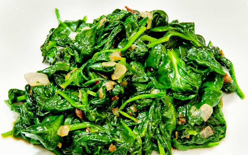Sauteed spinach with shallots (2 of 3) (800x500)A