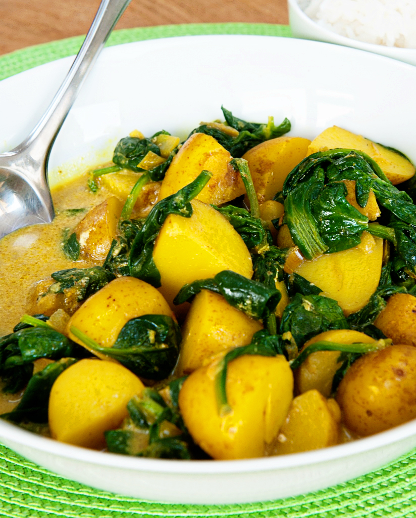 Spinach and new potato curry - Lemon Squeezy