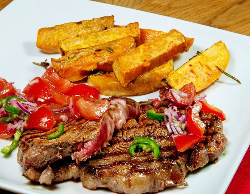 griddled steak with sweet potato wedges
