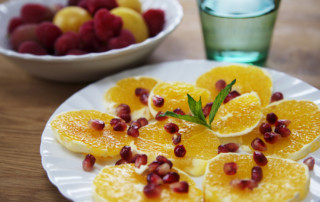 orange slices with pomegranate seeds 1A