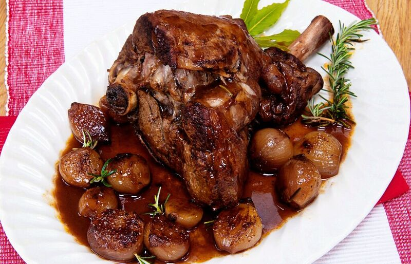 slow roast lamb with shallots and balsamic vinegarslow roast lamb with shallots and balsamic vinegar