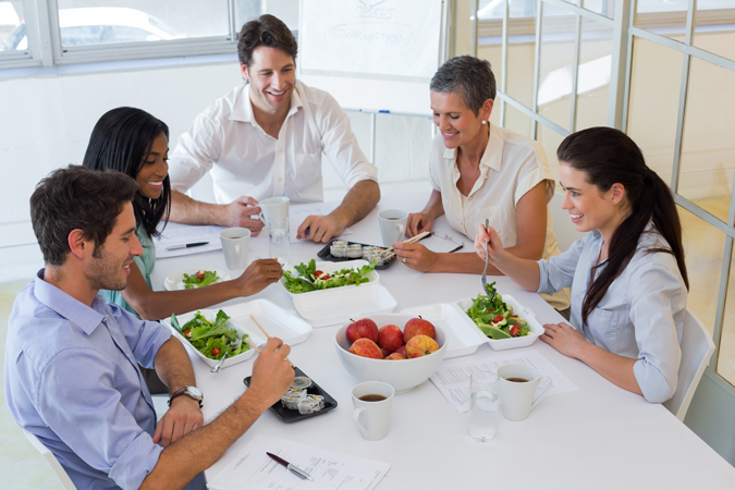 employees eating healthy